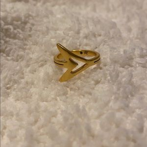 Madewell yellow gold arrow ring size 5